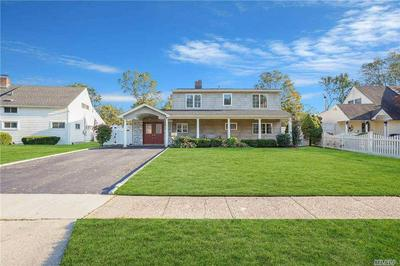 26 WAYSIDE LN, Wantagh, NY 11793 - Photo 2
