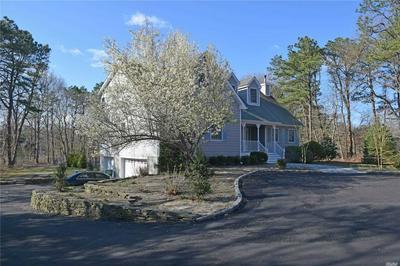 127 OLD COUNTRY RD, East Quogue, NY 11942 - Photo 2