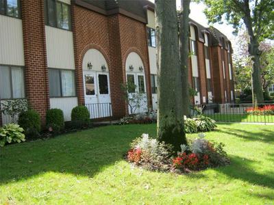 641 CHESTNUT ST, Cedarhurst, NY 11516 - Photo 2