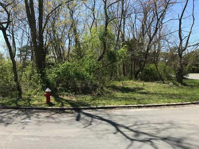575 DELMAR DR, Laurel, NY 11948 - Photo 1