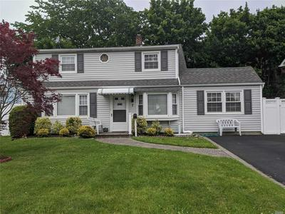 7 BELL LN, Levittown, NY 11756 - Photo 2
