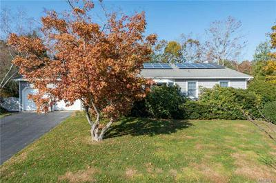 27 WATERFORD DR, Wheatley Heights, NY 11798 - Photo 1