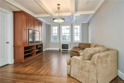 26 E PARKWAY APT 4N, SCARSDALE, NY 10583 - Photo 2