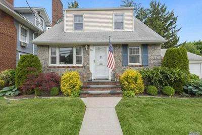 30 NORWOOD AVE, Malverne, NY 11565 - Photo 2