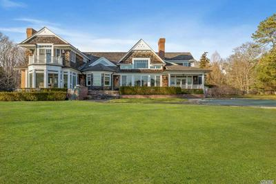 15 PENNIMAN POINT RD, Quogue, NY 11959 - Photo 1