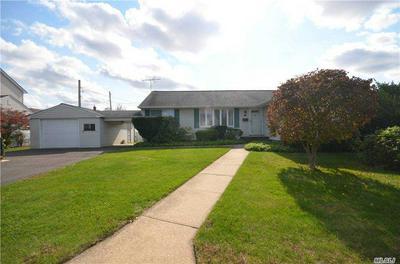 74 BERKSHIRE RD, Bethpage, NY 11714 - Photo 1