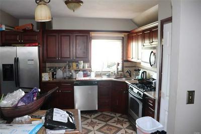 15-07 EGMONT PL, Far Rockaway, NY 11691 - Photo 2