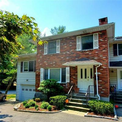 142 E SUNNYSIDE LN, Greenburgh, NY 10533 - Photo 2