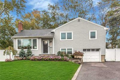 176 WILLIS CT, Wantagh, NY 11793 - Photo 1