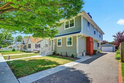 86 BEECHWOOD ST, Farmingdale, NY 11735 - Photo 2