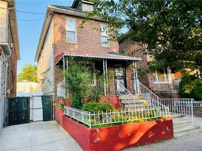 748 ROSEDALE AVE, BRONX, NY 10473 - Photo 1