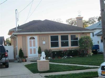 22 W MARSHALL ST, Hempstead, NY 11550 - Photo 1
