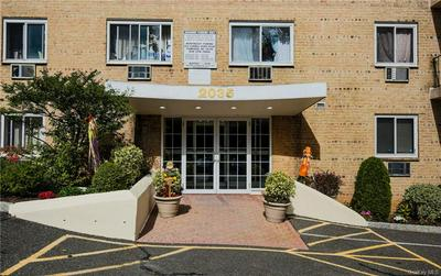 2035 CENTRAL PARK AVE APT 2N, Yonkers, NY 10710 - Photo 2