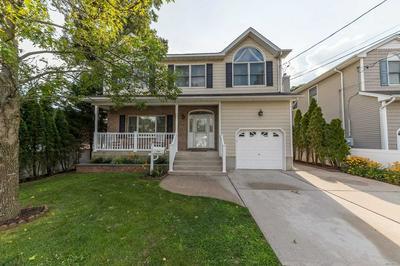 2100 WASHINGTON ST, Merrick, NY 11566 - Photo 1