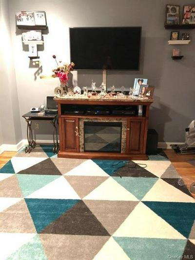 6035 BROADWAY APT 4G, BRONX, NY 10471 - Photo 1