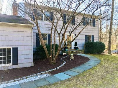 1 SUMMIT CIR, SOMERS, NY 10589 - Photo 2