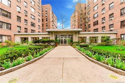 3616 HENRY HUDSON PKWY APT 5BN, Bronx, NY 10463 - Photo 1