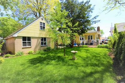 21 PEARSALL PL, Roslyn Heights, NY 11577 - Photo 2