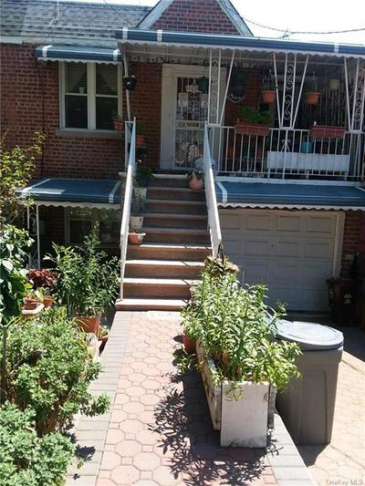 3318 COLDEN AVE, Bronx, NY 10469 - Photo 1