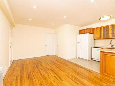 45 TROY LN # GROUND, Yonkers, NY 10701 - Photo 2