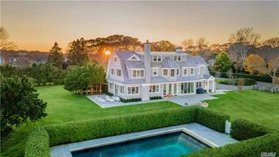 27 OLD POINT RD, Quogue, NY 11959 - Photo 2