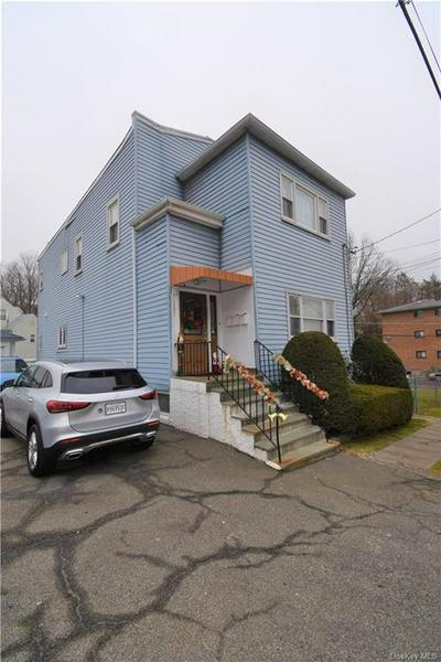 157 AMACKASSIN TER, Yonkers, NY 10703 - Photo 1