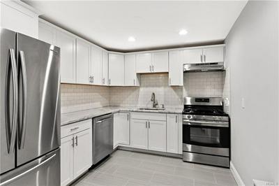25 FRANKLIN AVE APT 1E, WHITE PLAINS, NY 10601 - Photo 1