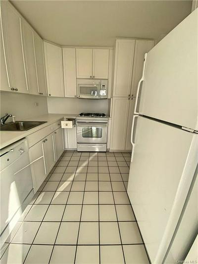 2500 JOHNSON AVE APT 7L, BRONX, NY 10463 - Photo 2