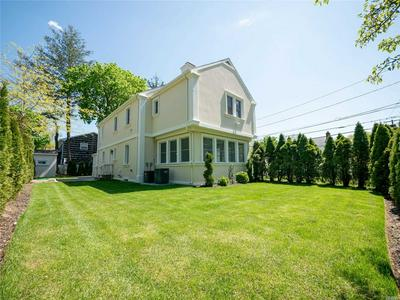 94 HOME ST, Malverne, NY 11565 - Photo 2