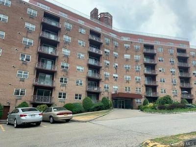 1 LAKEVIEW DR APT 3F, Peekskill, NY 10566 - Photo 1