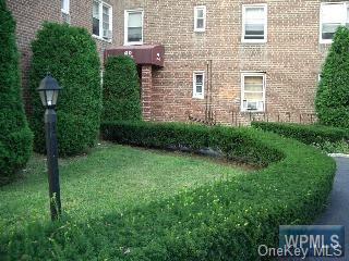 40 DAVENPORT AVE APT 2B, New Rochelle, NY 10805 - Photo 1