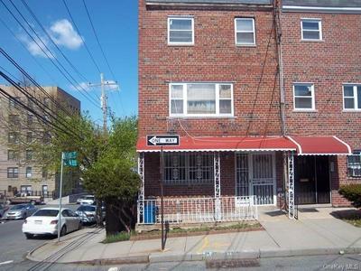 4801 ROBERTSON ST, BRONX, NY 10470 - Photo 1