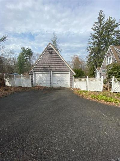 5 S BEDFORD RD, Mount Pleasant, NY 10514 - Photo 2
