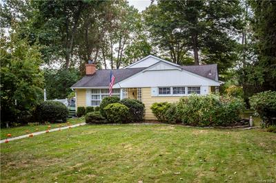 3 PARK LN, Mahopac, NY 10541 - Photo 2