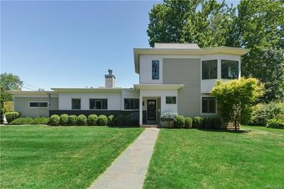 1010 NAUTILUS LN, Mamaroneck, NY 10543 - Photo 2