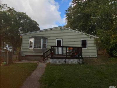 87 N COLEMAN RD, Centereach, NY 11720 - Photo 2
