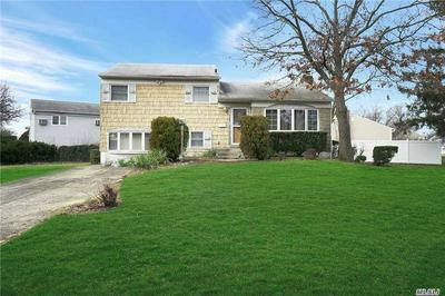 4045 DALEVIEW AVE, Seaford, NY 11783 - Photo 1