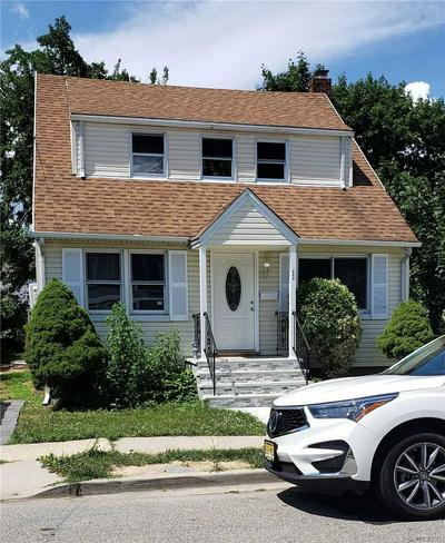 223 PRINCETON ST, Hempstead, NY 11550 - Photo 1
