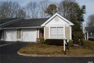 100 GLEN DR, Ridge, NY 11961 - Photo 2