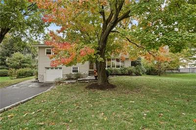 11 LEAWOOD DR, Briarcliff Manor, NY 10510 - Photo 1