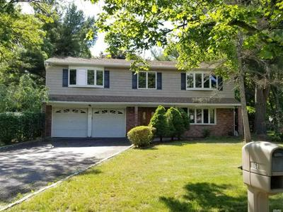 68 BUTTERFIELD DR, Greenlawn, NY 11740 - Photo 1