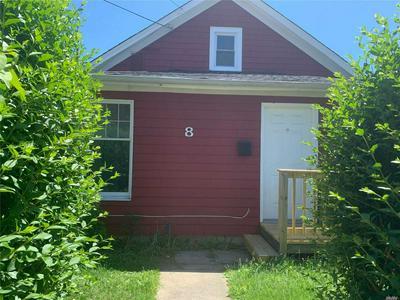 8 BOULEVARD AVE # 2, Greenlawn, NY 11740 - Photo 2