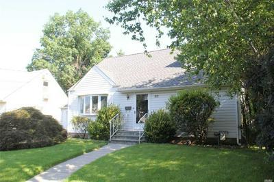 82 GARDEN DR, Albertson, NY 11507 - Photo 2