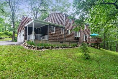 27 SCOFIELD RD, Pound Ridge, NY 10576 - Photo 2