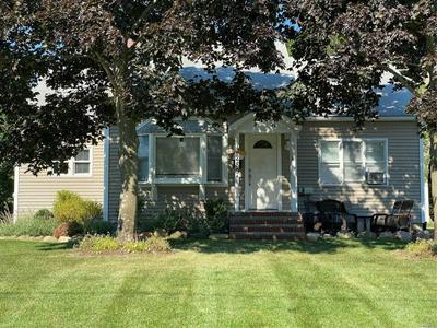 280 NEWTON AVE, Riverhead, NY 11901 - Photo 2