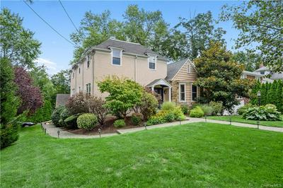 90 CARVER TER, Yonkers, NY 10710 - Photo 2