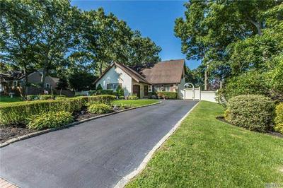 62 N MORRIS AVE, Farmingville, NY 11738 - Photo 2