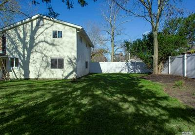 8 LYNN ST, S. Setauket, NY 11720 - Photo 2