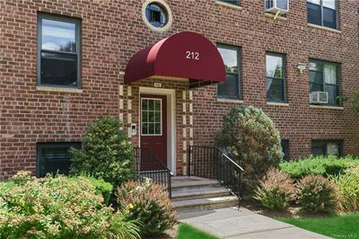 212 RICHBELL RD APT B4, Mamaroneck, NY 10543 - Photo 1