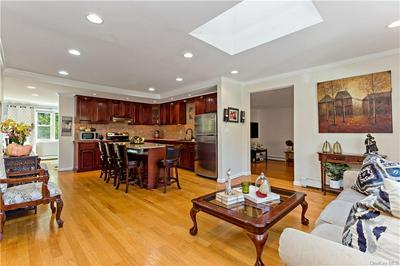 39 GREENRIDGE CT, Carmel, NY 10512 - Photo 2